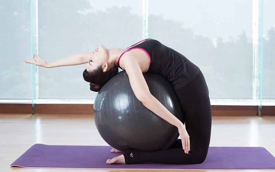 Kết hợp nhạc yoga thư giãn trong mỗi buổi tập để tăng thêm hiệu quả