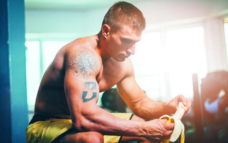 Ăn chuối giúp phục hồi các chấn thương sau khi tập