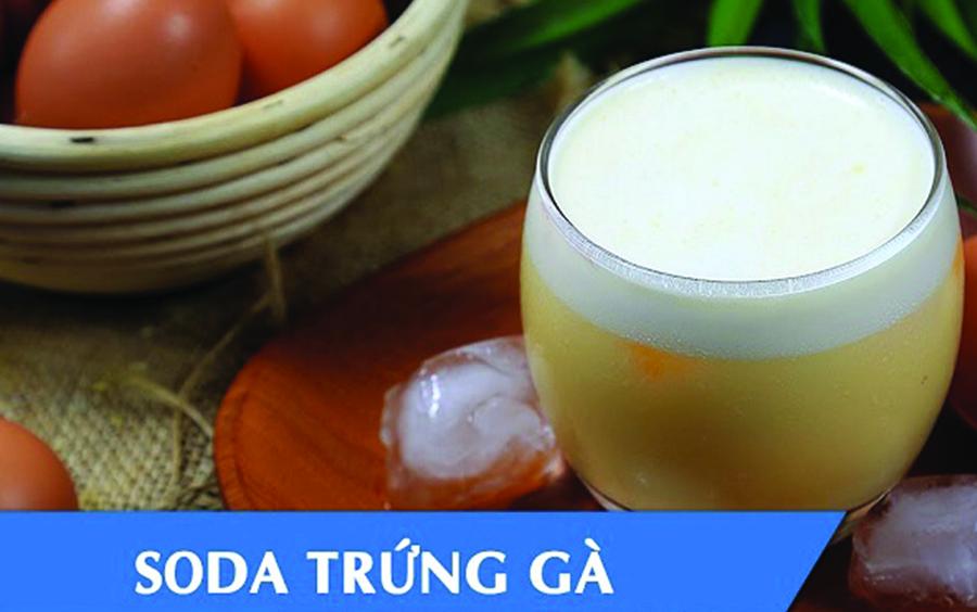 Nước uống bổ dưỡng từ trứng gà, nước soda và sữa tươi