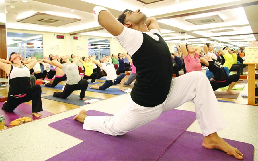 Những bài tập Yoga tại nhà cho mọi người của Master Vishwa.