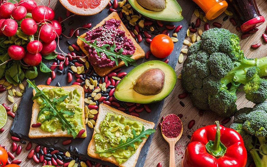 Chế độ ăn thuần chay là chỉ ăn các sản phẩm từ thực vật
