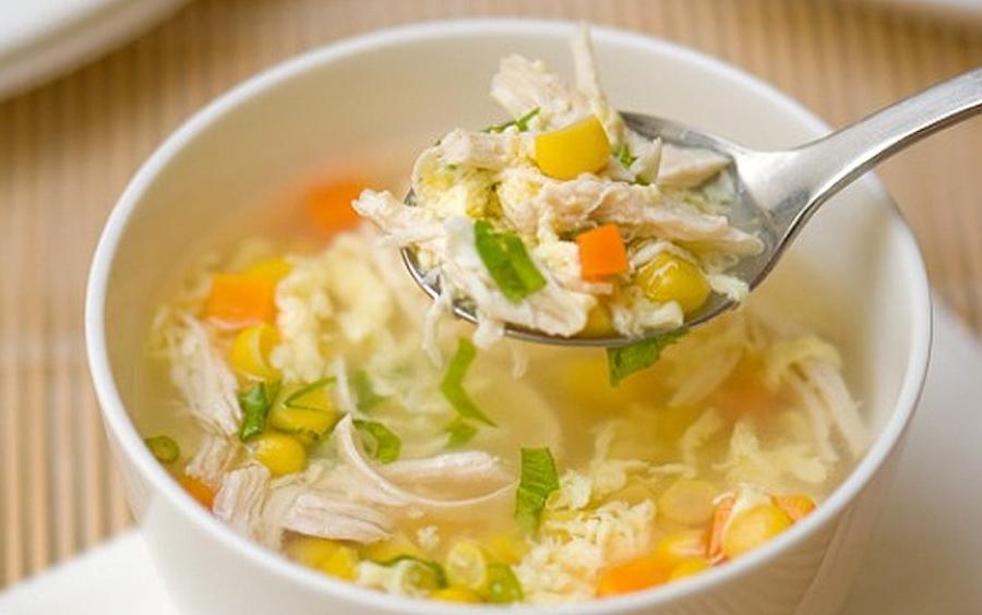 Thực đơn giảm cân 13 ngày ăn kiêng phi hành gia có thịt lợn, rau diếp và súp rau