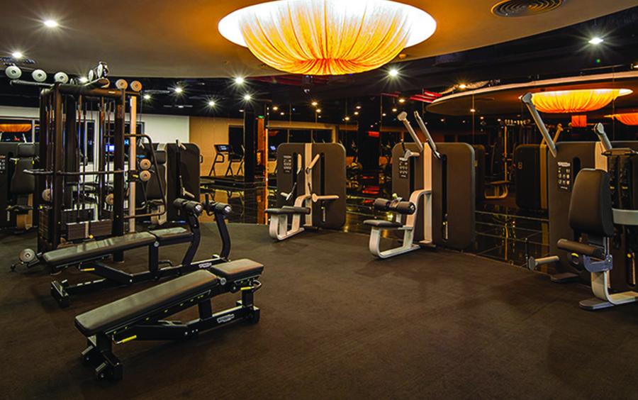 Giá tập gym cao cấp không có dịch vụ đi kèm khoảng 400-500 ngàn/ tháng.
