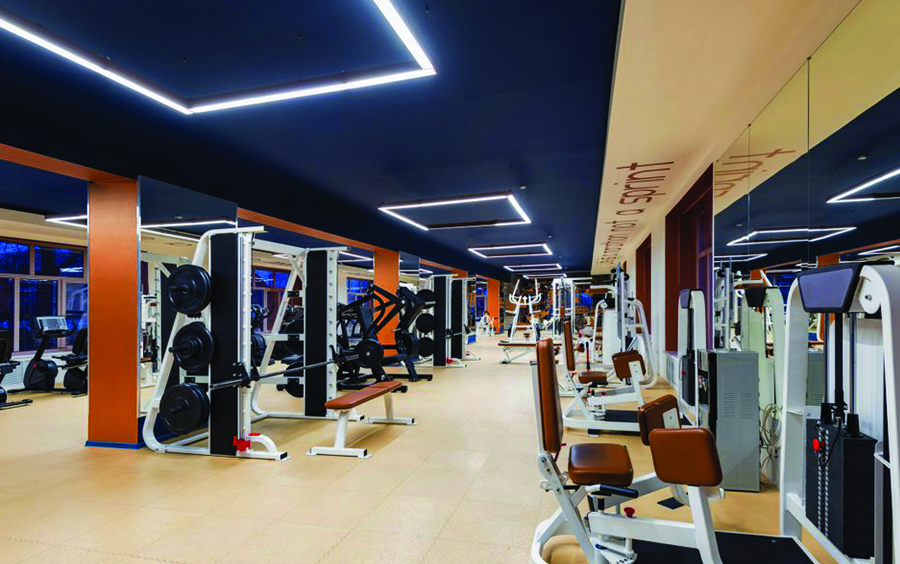 Lựa chọn phòng gym đạt tiêu chuẩn với trang thiết bị hiện đại.