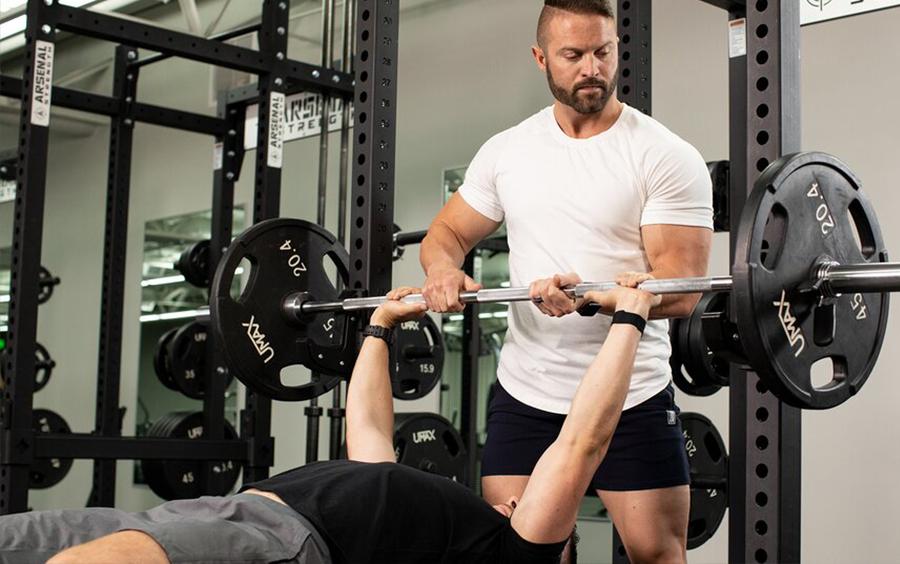 Việc tập luyện sẽ giúp bạn có một thân hình đẹp