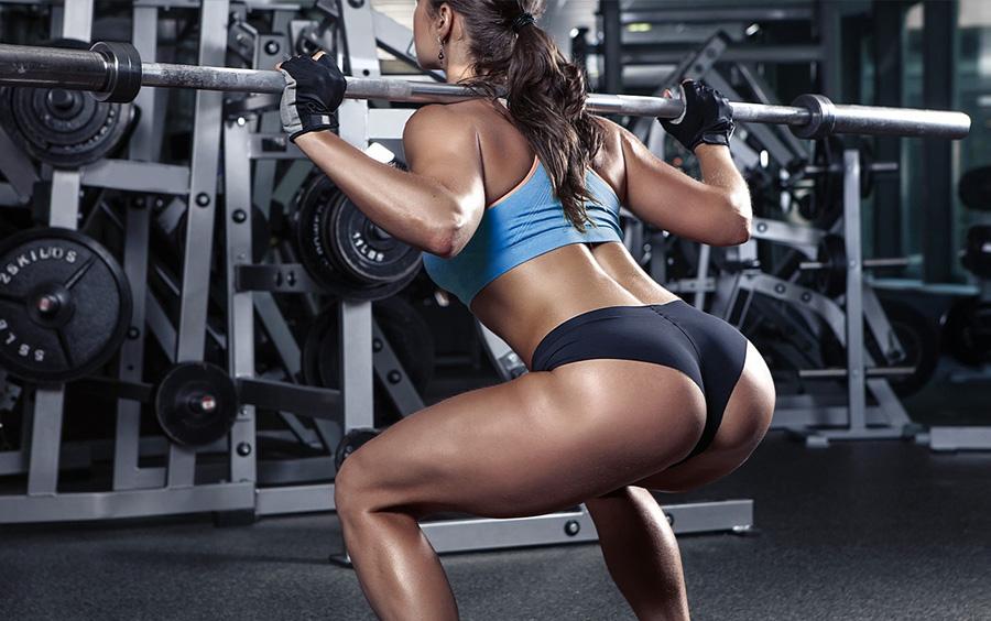 Bài tập squat giúp tăng vòng 3 rất hiệu quả