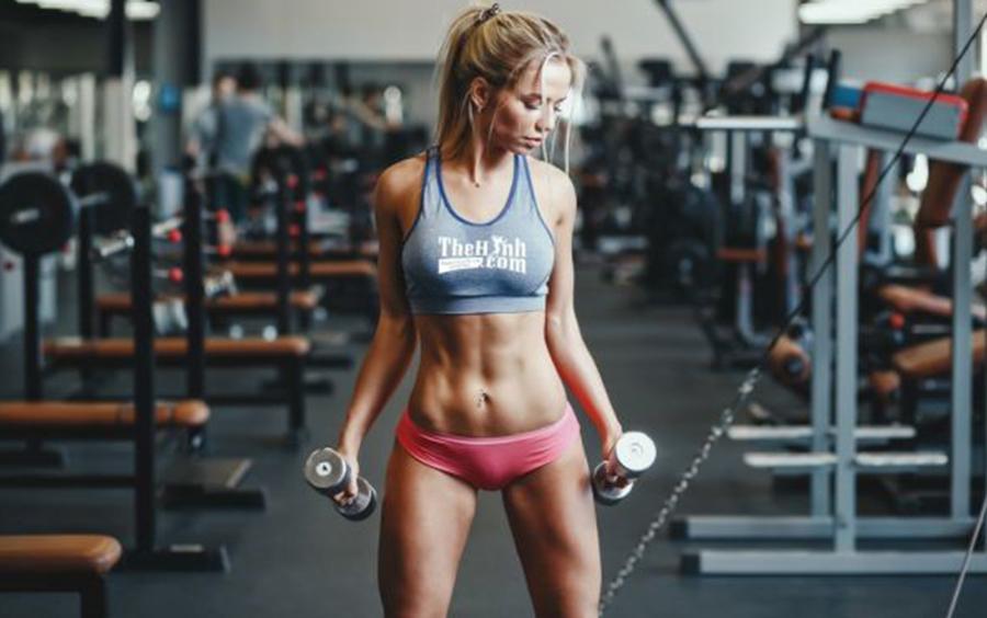 Lịch tập này còn vi diệu ở chỗ không chỉ giúp bạn tăng cân mà còn tăng cơ toàn diện