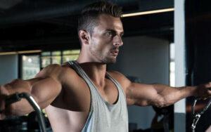 Luyện tập cơ vai và tăng cường sức khỏe cho ngày tập thứ 3