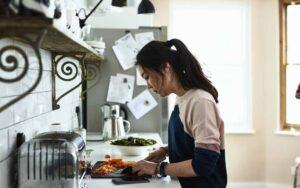 Thực đơn ăn kiêng giảm cân khoa học của nam và nữ là khác nhau